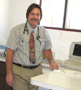 Dr. Duane Moore welcomes you and your pet to Palisade Vet Clinic!